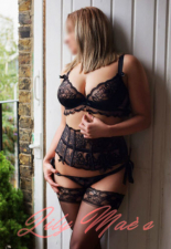 Lily Maes Escorts